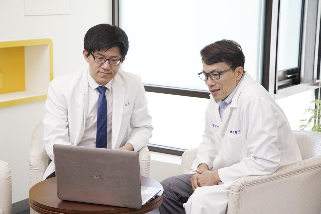 All-on-4 全口重建專科醫師討論治療計劃
